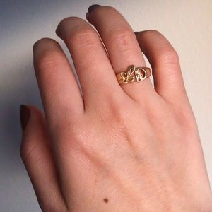 Vintage Jewelry - 14k Love Ring